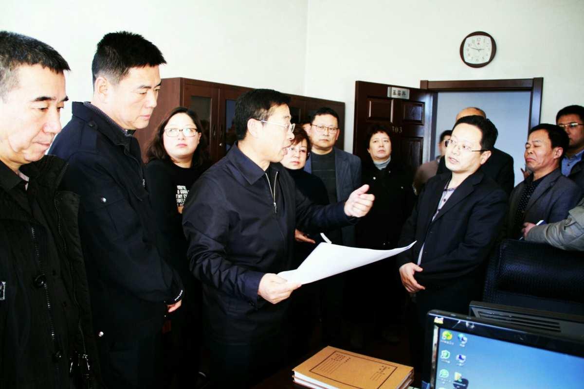 市司法局召开机关科室现场观摩暨业务工作会议