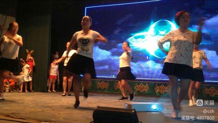 我的美篇一一一西社镇东社文化活动中心表演的节目 - 于无声处。352 - 352的博客