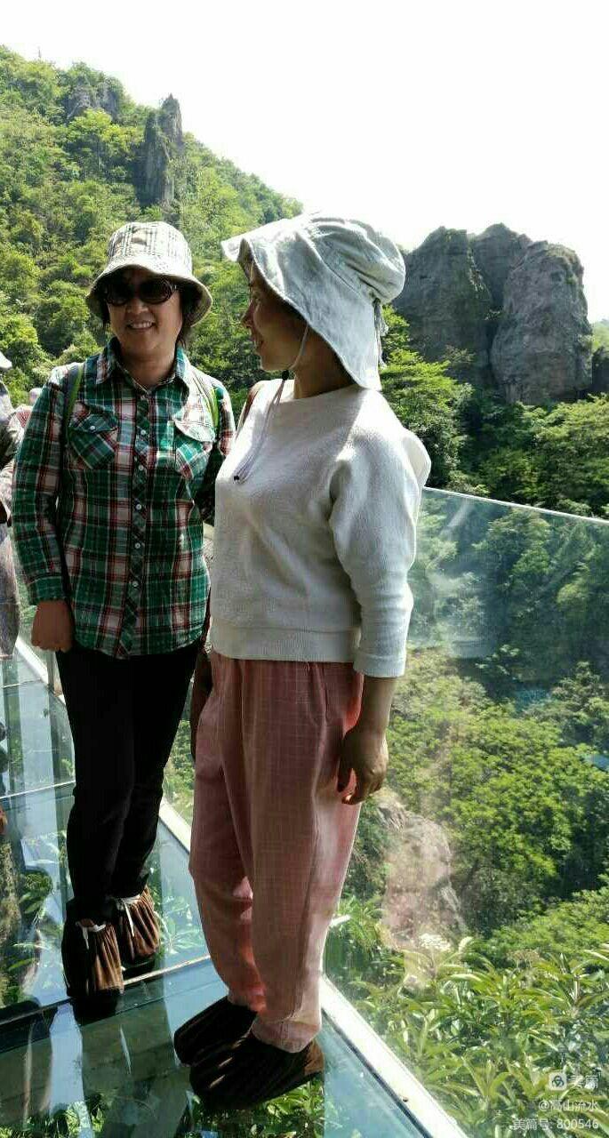 【原创】马仁奇峰换门庭 玻璃栈道显风采 - 秋香 - 方人雨
